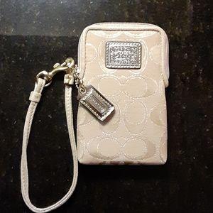 Coach New signature cigarette/cash pouch